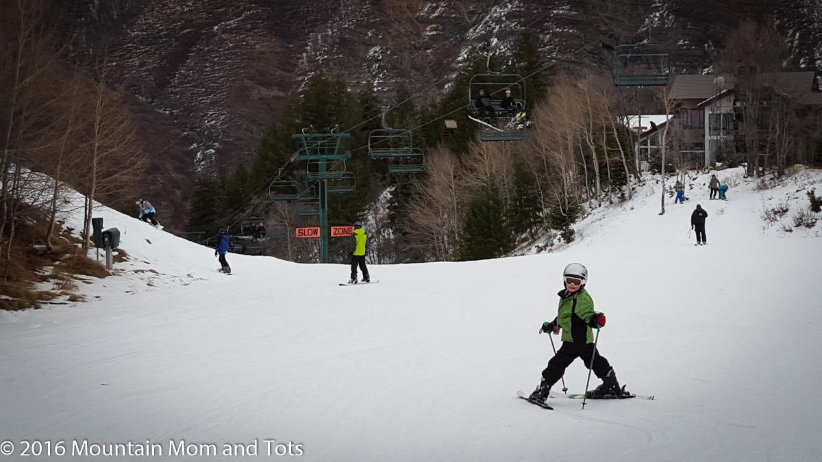 Teach kids to ski: Big E skis under the lift