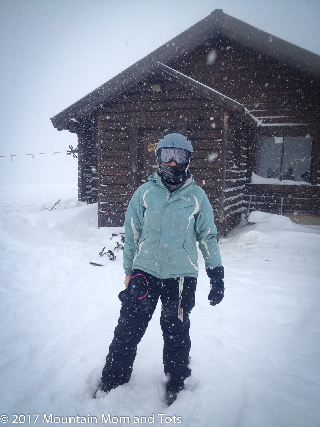 Snow falling at Bearclaw Cabin